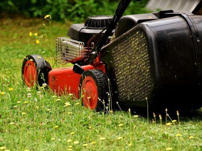 lawn-mower-2430725_960_720